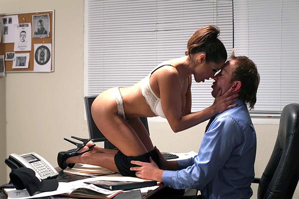 Босс и секретарша секс фото 49856 фотография